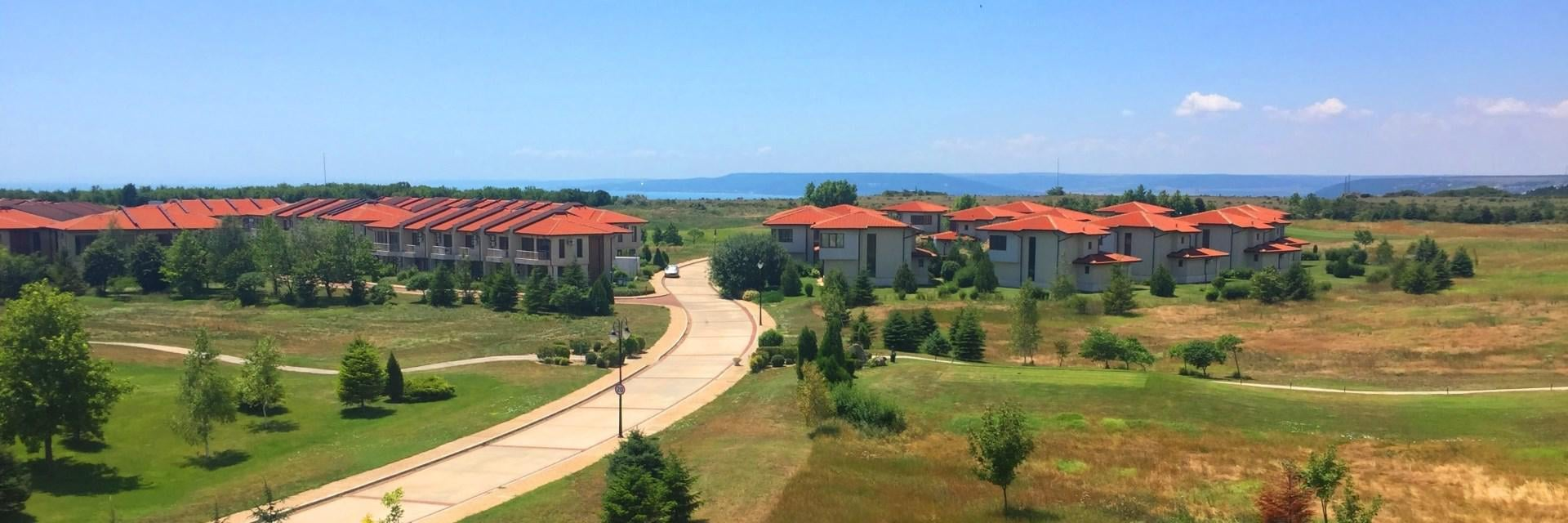 Apartamente de vanzare in Lighthouse Golf Resort - Balchik