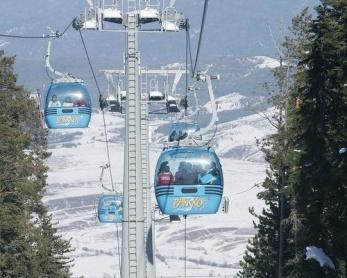Statiunile de schi din Bulgaria dau startul sezonului de iarna 2013-2014
