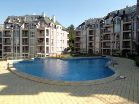 Apartament ieftin cu 3 camere la mare