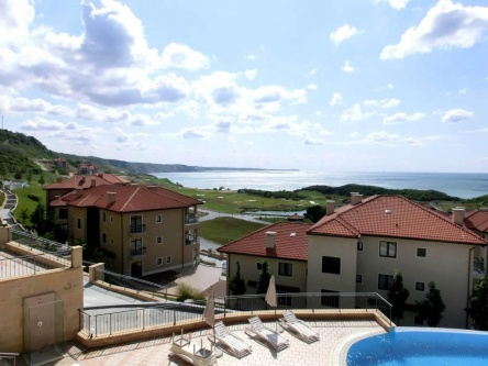 Apartament cu 3 camere in Thracian Cliffs