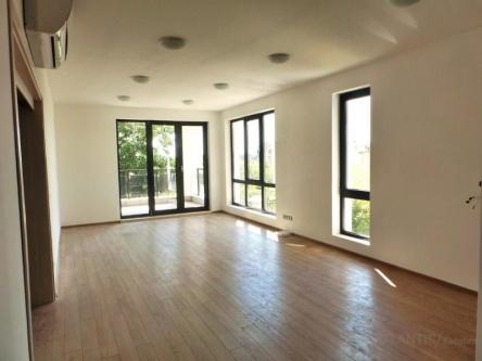 Apartament cu 3 dormitoare de vanzare Sarafovo Burgas