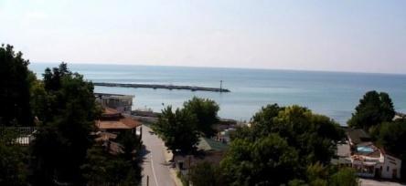 Apartament cu trei camere cu vedere la mare in Kavarna