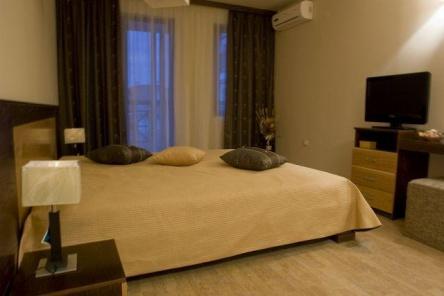 Apartament cu doua camere foarte spatios