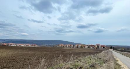 Teren de constructie in apropiere de Albena