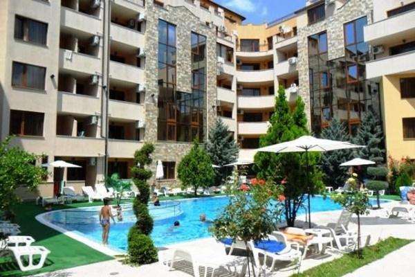 Apartament cu 3 camere si Jacuzii in Sunny Beach