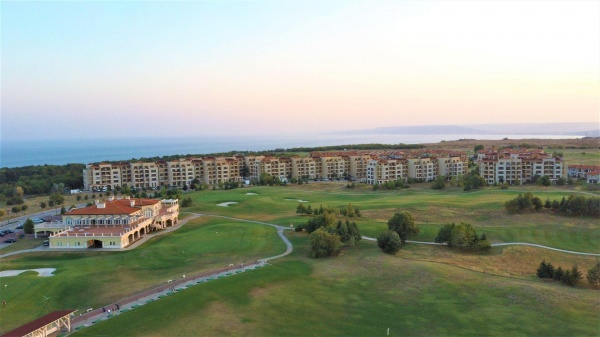 Oferta promotionala la apartament in Lighthouse Golf