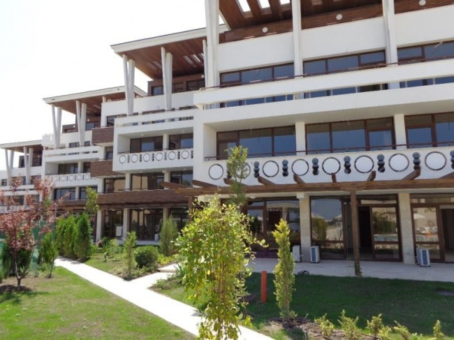 Apartament la 10 m de plaja langa Sozopol