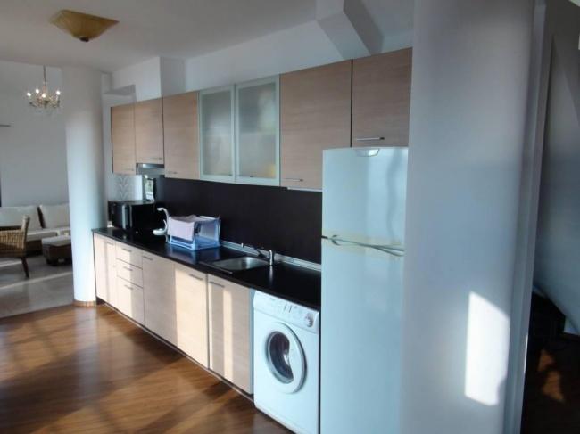 Apartament mobilat cu 5 camere la mare in Bulgaria