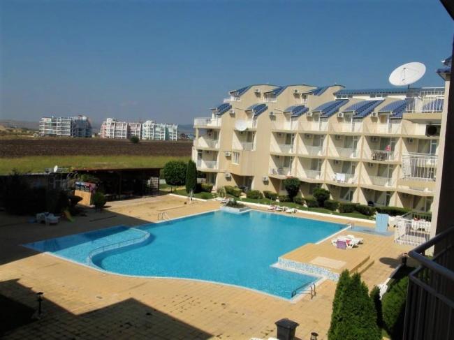 Apartament cu 3 camere si vedere la mare in Ravda
