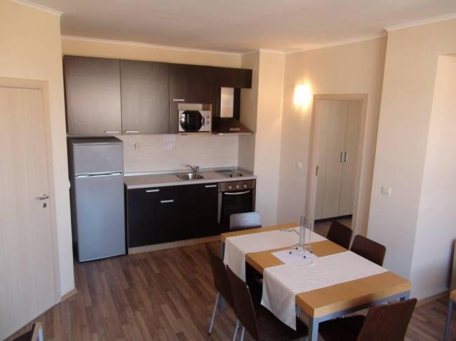 Apartament cu 2 dormitoare in prima linie la mare in Obzor