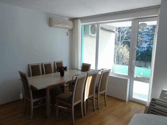 Penthouse cu 3 dormitoare aproape de plaja in Sarafovo