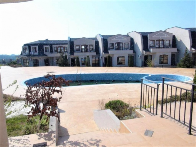Apartament ieftin cu 3 camere langa Sunny Beach