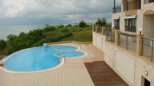 Thracian Cliffs Golf Bulgaria vanzare apartamente