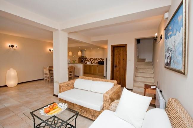 Casa cu trei dormitoare langa Albena