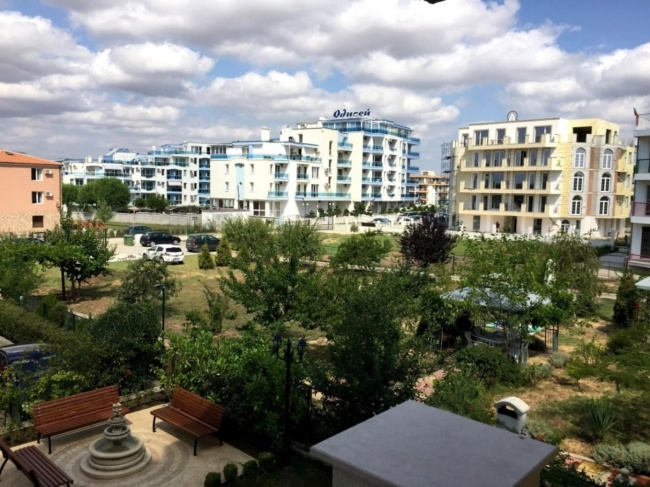 Apartamente noi in Nesebar
