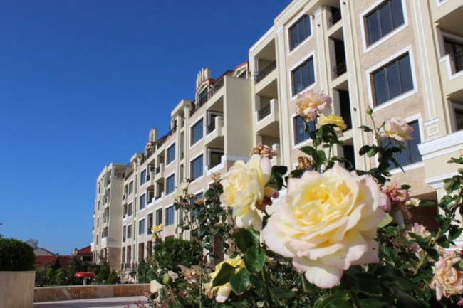 Apartamente noi in prima linie in Pomorie