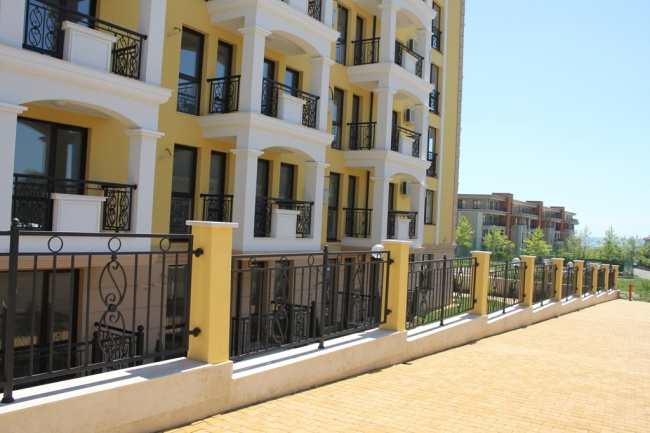Apartamente cu plata in rate in Sf. Vlas
