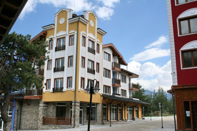 De vanzare apartamente de schi, golf si SPA in Pirin Golf Country Club