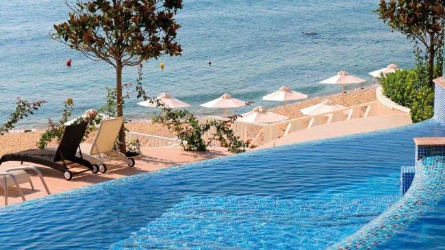 Apartamente de lux in prima linie la plaja intre Varna si Nisipurile de Aur