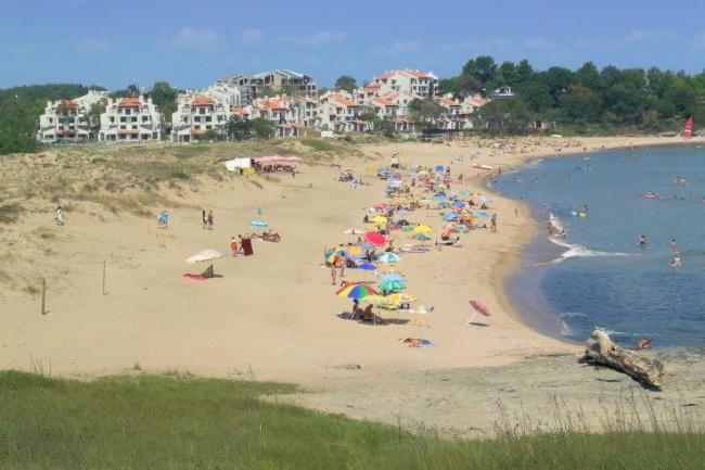 Vile langa plaja in Lozenets