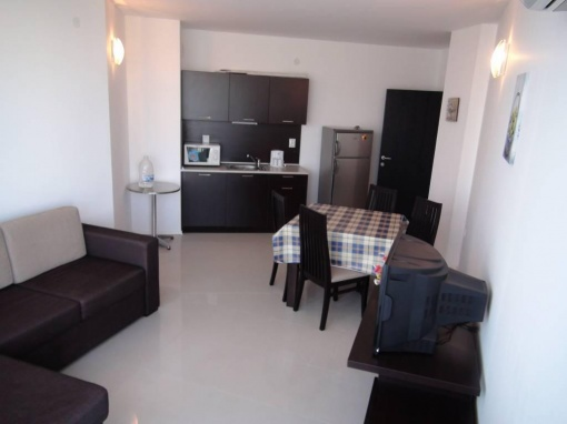Apartament cu 3 camere langa Burgas