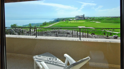 Penthouse Lux in Black Sea Rama