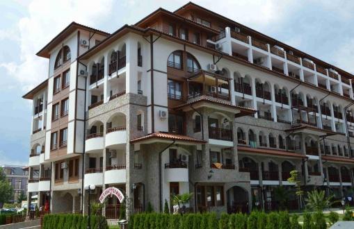 Apartament trei camere Sf. Vlas