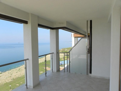 Apartament 3 camere cu panorama la mare