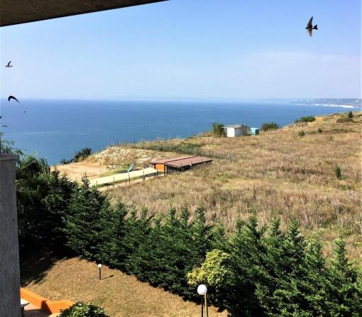 Apartament spatios in Kavarna cu vedere la mare