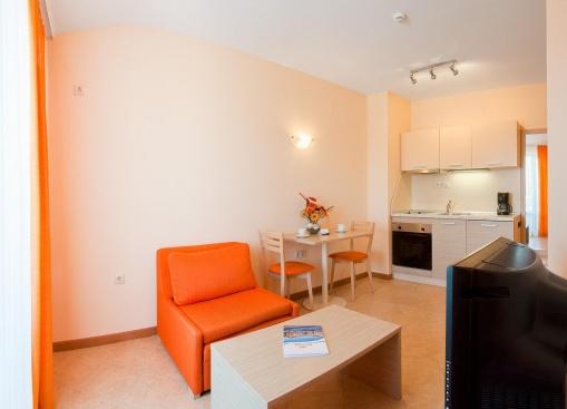 Apartament LUX cu 3 camere Sunny Beach